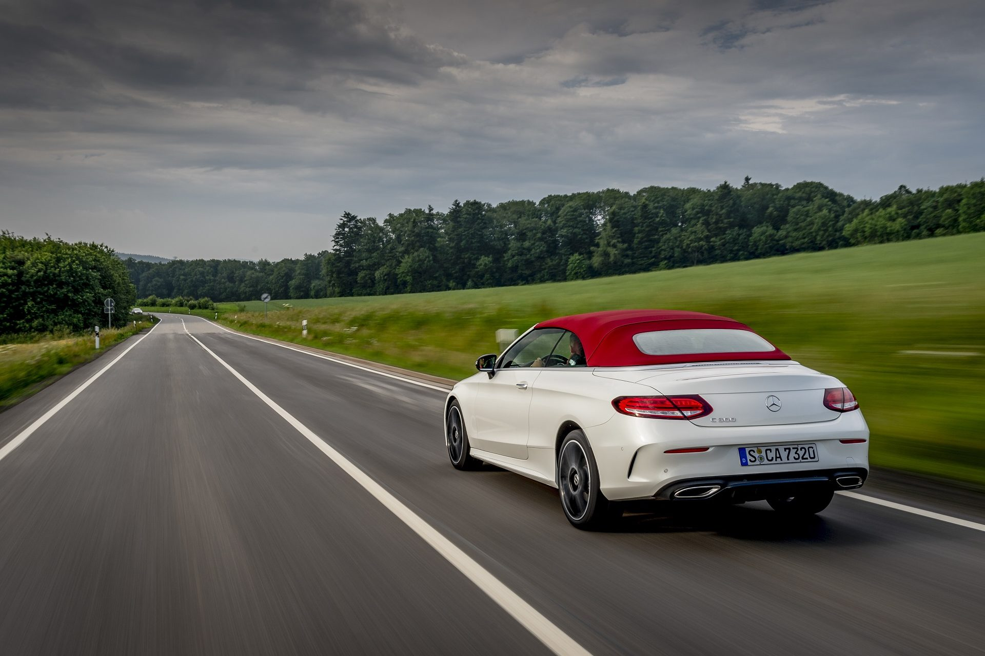 MERCEDES-BENZ EXTENDS SOUTH AFRICAN LOVE AFFAIR WITH LAUNCH